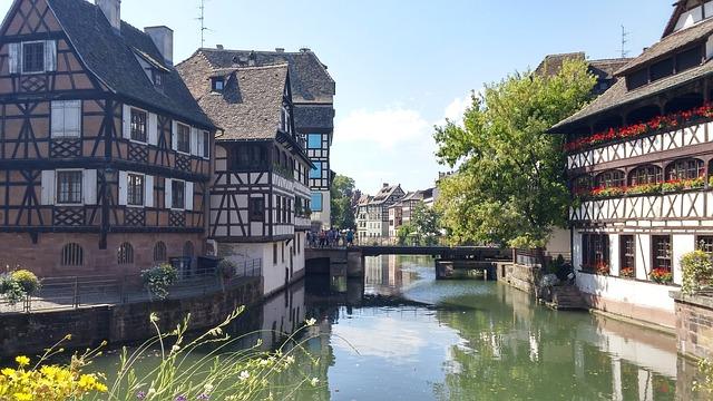 strasbourg-1634088_640