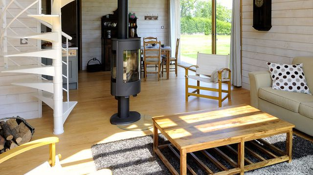 une-petite-maison-d-architecte-en-bois-2_4597366