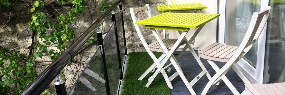 am nager sa terrasse ou balcon en petit coin estival. Black Bedroom Furniture Sets. Home Design Ideas