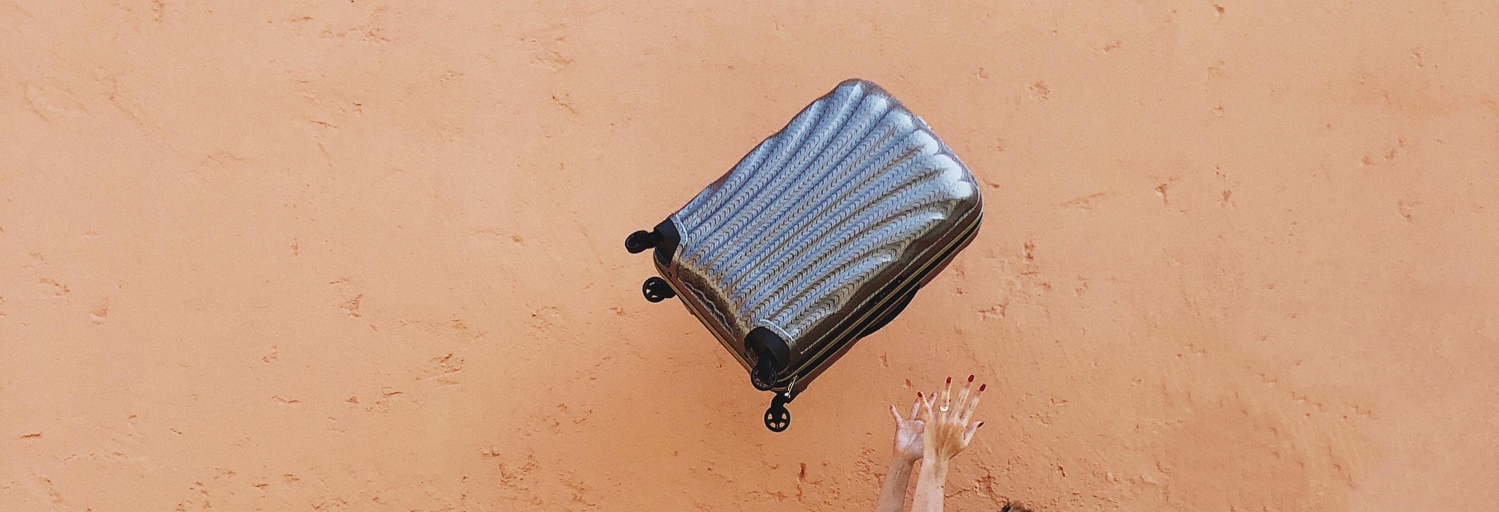 Petit conseil d'ami│Comment bien choisir sa valise! (crash test réussi)
